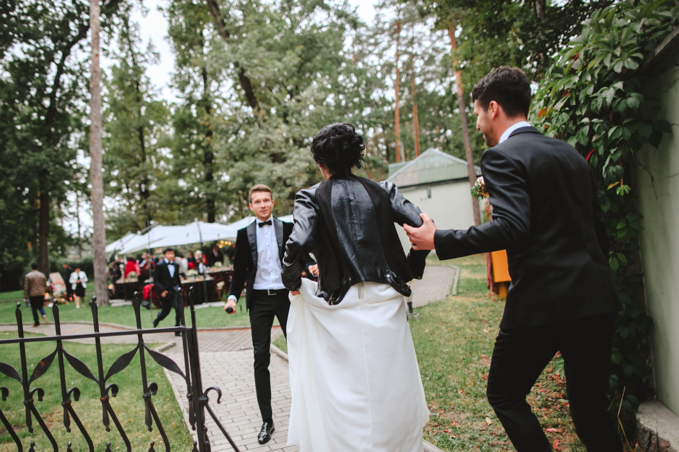 Apple-Pie-Weddings-Jane-Nikita-Kyiv-Ukraine-42
